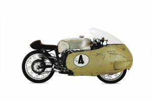 Moto guzzi 100 jaar